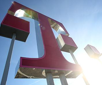 Die Deutsche Telekom steht auf der Leitung ...